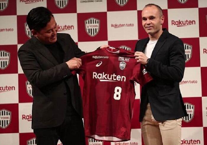 Andres Iniesta hiện đang thi đấu cho CLB Vissel Kobe của Nhật Bản